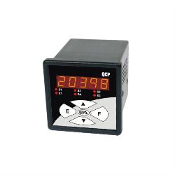 01_4-qcp-micro-controlador-logico-com-ihm-img